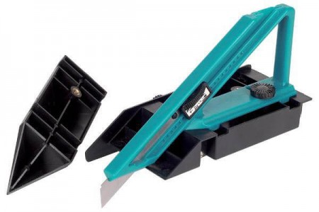 Специальный нож для ковролина