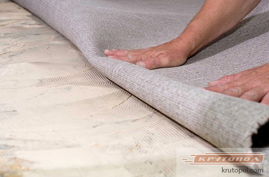 Поддерживаем чистоту: как почистить ковёр в домашних 32