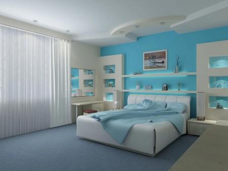 Светлый потолок + светлая стена (противоположная от входа) + светлый пол