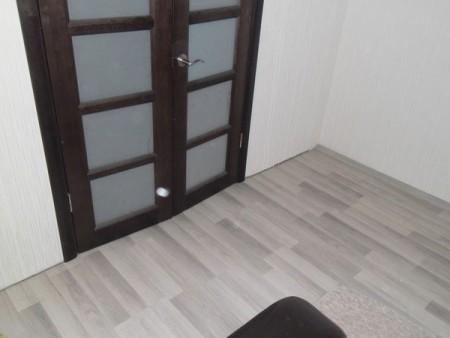 grau laminat. Black Bedroom Furniture Sets. Home Design Ideas